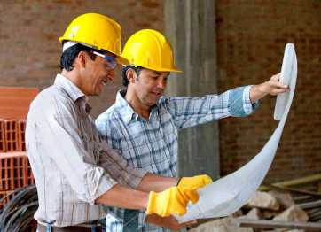 How to choose a contractor to build a house?