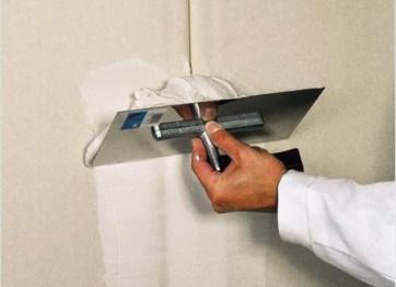 Заказать шпаклевку стен потолков цена Нанять отделочников дляремонтныхработ в Херсоне Николаеве на заказ под ключ стоимость работ расчет цены