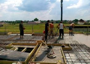 Заказать бетонное монолитное перекрытие для частного дома, дачи, коттеджа в Херсоне. Профи Строй