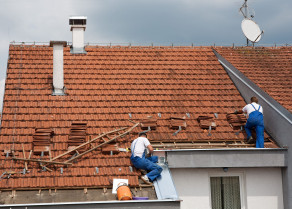 Roofing works in Kherson. Roof construction.