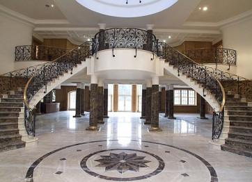 Заказать Строительство бетонных Лестниц в Херсоне Николаеве - монтаж любой формы конструкции цена