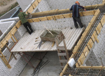 To order monolithic concrete Armopoyas to hire builders the price of installation in Kherson and Nikolaev